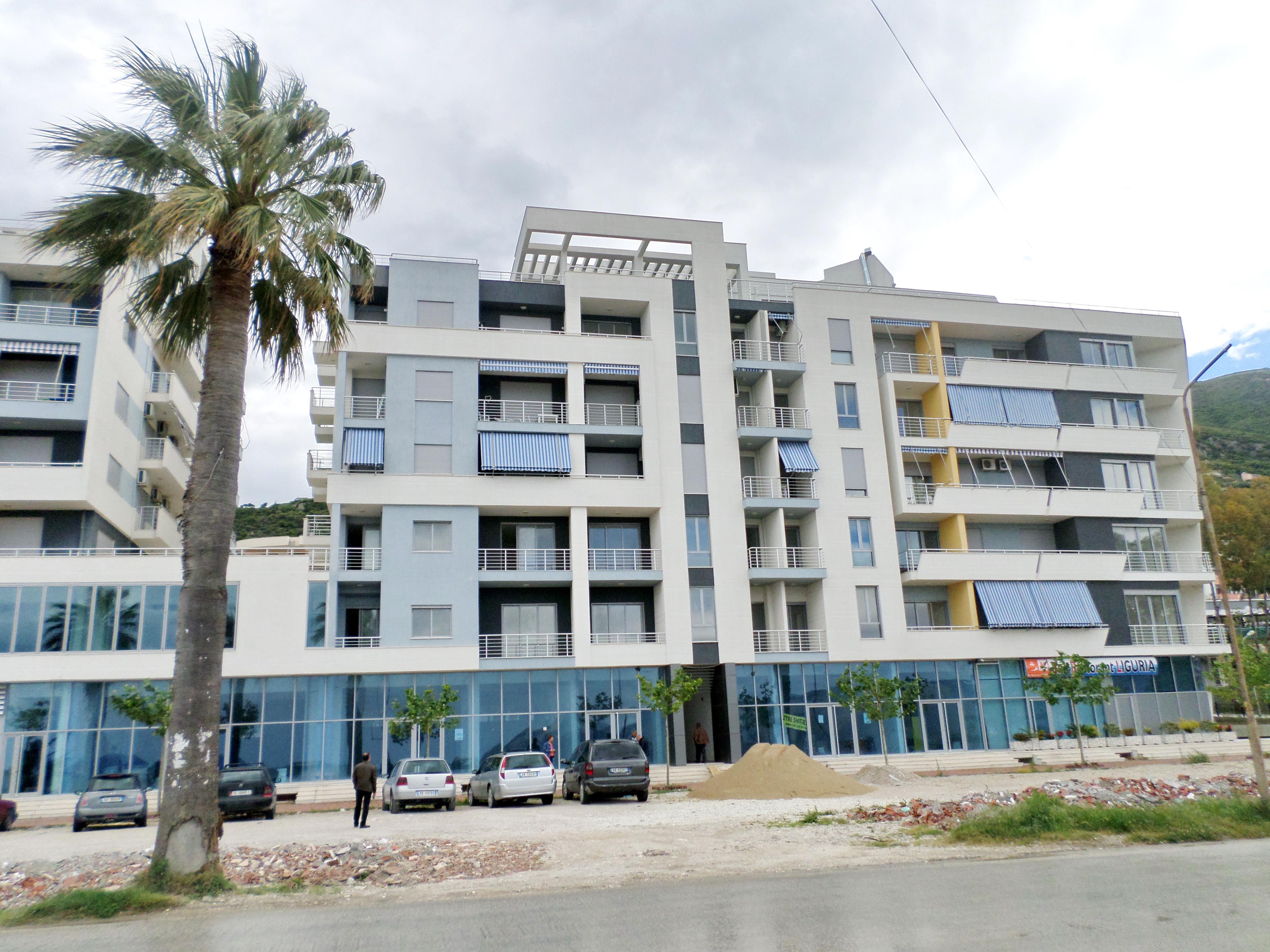 Апартаменты на новой Набережной во Влёре,100м2